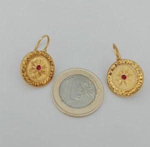 orecchini in oro usato